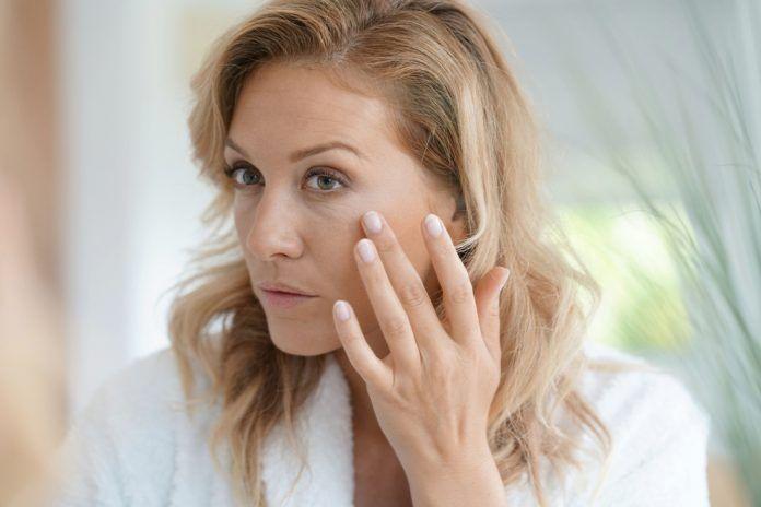almonds reduce wrinkles