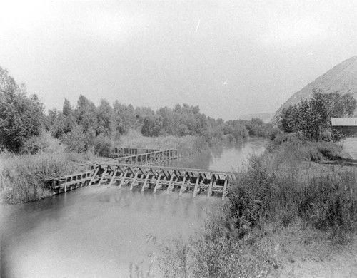 Kern Island Canal headgate